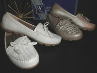 NIB Womens White Mountain Sprinkler Slip on Moc Flats Shoes Champagne 8.5M