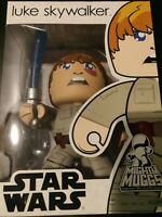 Hasbro Mighty Muggs Star Wars Luke Skywalker Figure NEW