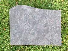 Grabstein, Liegestein, der Preis ist mit Inschrift 45 x 35 x 4 cm