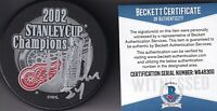 BECKETT CHRIS CHELIOS SIGNED 2002 STANLEY CUP DETROIT RED WINGS CHAMPS PUCK 6300
