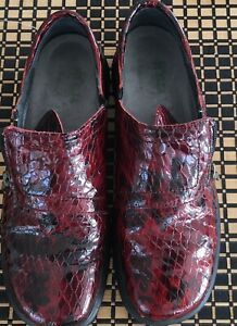 Helle Comfort by Romu's Red Croc Metallic Slip On Zip Up Loafer Shoes 40