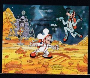 MALDIVES Mickey Mouse on the Moon MNH souvenir sheet