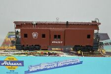 HO scale Athearn Pennsylvania RR bay window caboose car train