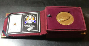 Detroit Red Wings 1997 Highland Mint Solid Bronze Series Magnum Coin 0539 /1500