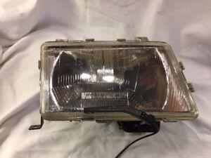 Original Valeo Headlight Right H4 Lwr + Wiper Saab 9000 CD / Cc Bj.1985-1998