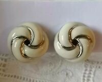 Chic Vintage Abstract Knot Ribbon Enamel Textured Silver Tone Clip On Earrings