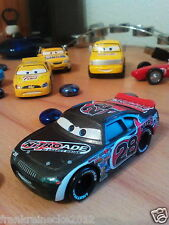 Disney Pixar Cars nitroade No. 28 J 6422 escala 1:55 metal