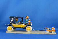LA VOITURE DE GASTON  LAGAFFE TIREE PAR MINI DEPANNEUSE FIGURINE  EN PLOMB PIXI