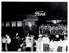 1939 Original Photo King George & Queen on train past Ford Motor Co. in Canada