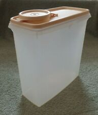 Tupperware Store & Pour cereal keeper #469-20 sheer w/ beige lid #471-4