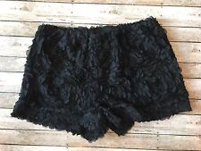 Umgee Black Floral Textured Shorts Small