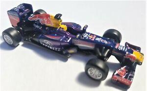 Burago 1:64 Die Cast Red Bull Infiniti Renault RB9 Webber Vettel NEW - FREE POST