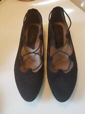 Earthies Essen - Women's Slip On Casual Comfort Shoes Black Suede Size 7.5 W