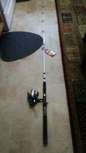 "Fishing rod 6'8"" and reel combo"