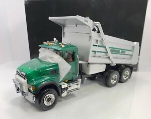 "First Gear 1/34 Scale MACK HEAVY DUTY DUMP TRUCK ""GRANITE VERSION w/FLAMES"" RARE"
