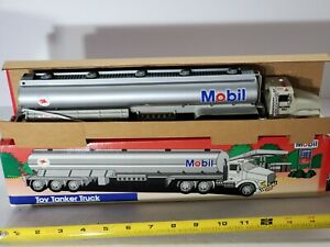 RARE 1993 Mobil Gas Toy Tanker Truck with Lights and Sounds New in Box