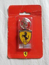 Portachiavi Scudetto Ferrari in metallo e smalto - originale e nuovo -
