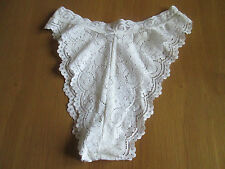 Ladies white cotton feel 1/2 knickers with  lace effect design size 12/14 (A)