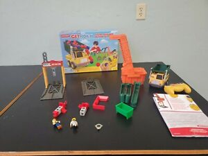 Rokenbok Young Builder Action Set: with working Dump Truck and controller