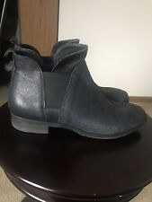 Italian leather Women's Booties Size 9  Navy