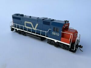 Custom Athearn - EMD GP38 Central Vermont (CV) 5810 - HO Scale