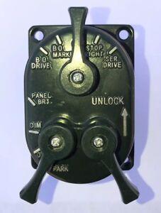 Military HeadLight Switch MS51113-1 24V GRN 7368702 5930-00-307-8856 M998 HUMVEE