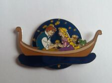 PINS DISNEY FANTASY PIN RAPUNZEL FLYNN PASCAL ON A BOAT SPINNER LANTERNS LIGHTS