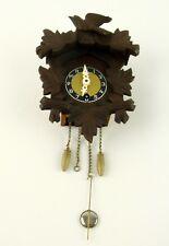 Schwarzwälder Miniatur Wanduhr mit Pendel und  Gewichten und Originalschlüssel
