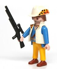 Playmobil Figure Adventure Jungle Explorer w/ Scope Rifle Animal Print Hat 3018