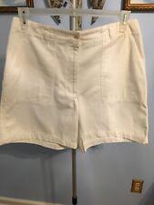 JONES NEWYORK SPORT Shorts White Size 12