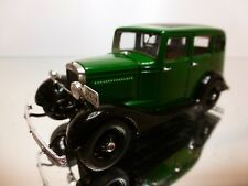 DIP MODELS GAZ A 1937 AREMKUZ - TAXI - GREEN + BLACK 1:43 - EXCELLENT - 33