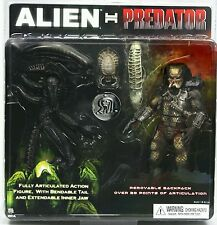 "Neca Alien vs Predator two 8"" action figures pack"