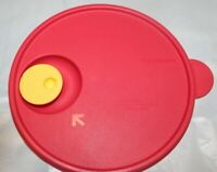 Tupperware MEDIUM CRYSTAL WAVE REPLACEMENT Seal Lid 2649A RED 2649A-1