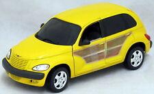 2000 PT Cruiser Chrysler Woody Yellow Diecast Model 1/18 Maisto Car