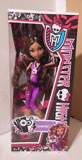 Mattel Y7693 - Monster High Bambola al Concerto Rock Clawdeen