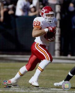 Tony Gonzalez Kansas City Chiefs NFL Licensed Unsigned Glossy 8x10 Photo C