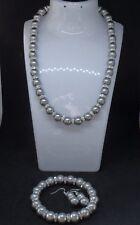 Joli Gris Argent Czech Glass Pearl Boucles d'oreilles, bracelet et collier Set