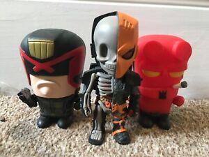 superhero figures vinyl bundle deathstroke 3 inch hell boy