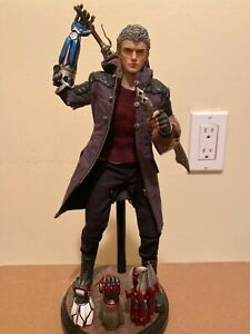 Devil May Cry Nero Six Scale Figure