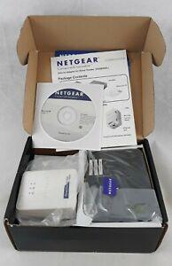 Netgear XAVB5004 Up to AV500 Gigabit Universal Powerline Ethernet Switch Kit 3D