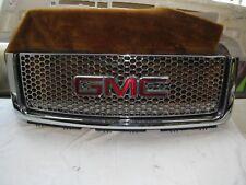 2007-2013 GMC YUKON DENALI GRILLE W/ EMBLEM 07 08 09 10 11 12 13 USED