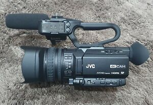 JVC GY-HM170u 4K Camcorder with audio mixer and microphone + extra battery
