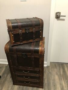 Traditional Trunk Set + 2-Drawer Wood And Faux Leather Steamer Trunk