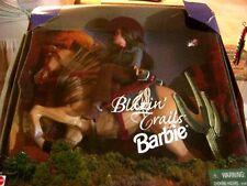 NEW NRFB 1999 BARBIE BLAZIN' TRAILS HORSE AND WESTERN WEAR PLAYSET