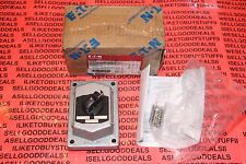 Cooper Crouse Hinds DS675 Selector Switch W/Cover 3-Position New