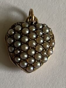 Attractive Fine Victorian 15ct Gold Natural Seed Pearl Pave Set Heart Locket