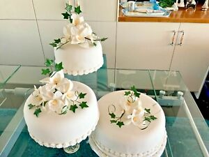 WEDDING CAKE SUGAR FLOWER ARTIFICIAL DECORATION ORCHIDS  SET OF 3 IN CREAM new