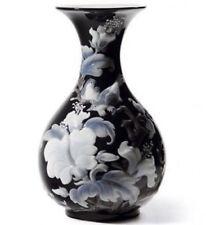 Vase Black Porcelain & China