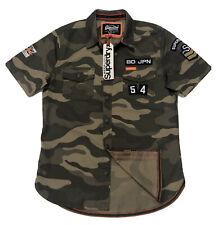 Camiseta para hombre de manga corta de Superdry de inspiración militar en Camo