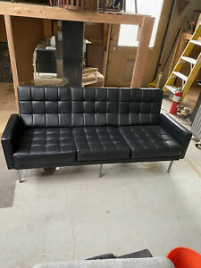 VINTAGE Florence Knoll For Knoll international Parallel Bar Sofa Leather